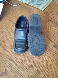 Bpys size 2 black dress shoes Peterborough Peterborough Area image 2