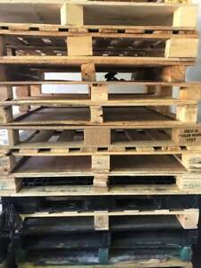 pallets for  free collecting Macquarie Park Ryde Area Preview