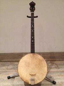 Antique tenor banjo