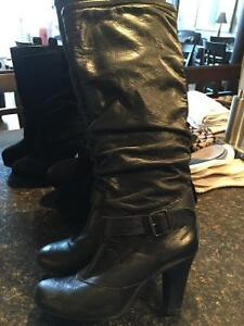 Black leather high boot inside zip wide leg size 7 Kingston Kingston Area image 5