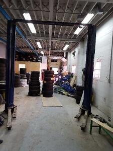 AUTO  SHOP  WITH  EQUIPMENT ON  HOURLY  BASIS