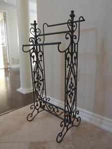 Wrought iron quilt rack