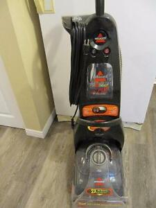 Bissell ProHeat 2X Pet Carpet Cleaner