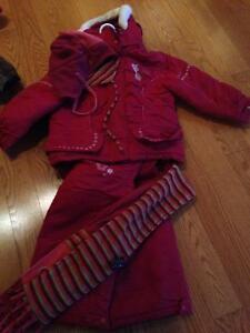 Habit de neige Gusti rose fille 4 ans