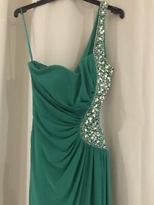 Brand New emerald green Formal dress sz6 Morayfield Caboolture Area Preview