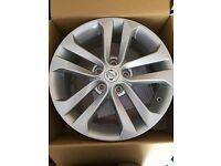 Nissan Juke 17 inch alloy wheel