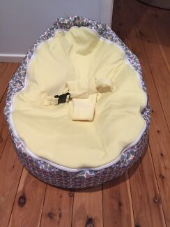 Chibebe Baby Bean Bag - Excellent Condition