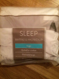 SLEEP SINGLE MATTRESS PROTECTOR New condition