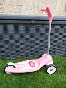 Radio Flyer Scooter - Pink