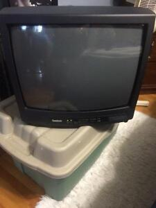"20"" colour TV"