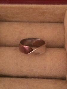 Silver and copper ring- size 5.25