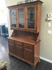Beautiful wood hutch / display cabinet / case