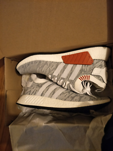 Adidas NMD R2 PK-white/blk white/white/blk US 12 Point Cook Wyndham Area Preview