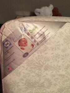 Black Antique Baby Crib Like brand new. Edmonton Edmonton Area image 5