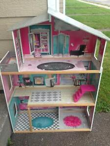Large doll house & more