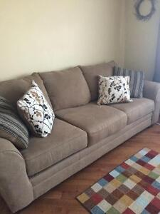 Leons couch just like new .