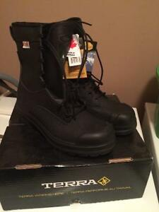 "Brand New Terra Farenheit 8"" Gore-Tex CSA Boot"