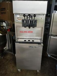 Machine a Creme Glacee Molle / Soft Serve Ice Cream Machine ** Elecrtro Freeze **