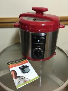 Brand new Wolfgang Puck pressure cooker