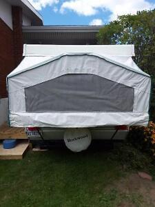 Rockwood Freedom 2003 tent trailer