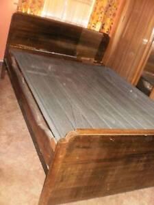 ANTIQUE JARRAH DOUBLE BED -- REDUCED PRICE Bunbury Bunbury Area Preview