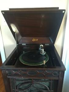 Antique Edison Phonograph and records