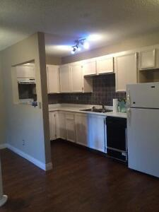 1ST MONTH FREE CONDO FOR RENT -AVAILABLE sept 1st or oct1st
