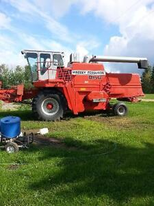 860 MF Combine with 24 ft straightcut header