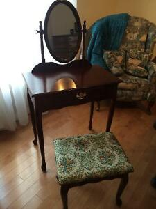 banc buy and sell furniture in gatineau kijiji classifieds. Black Bedroom Furniture Sets. Home Design Ideas