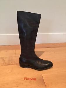 Fluevog Notting Hill Black Boots- Pristine condition