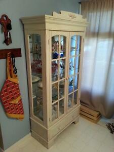 China cabinet Kitchen/ dinning room