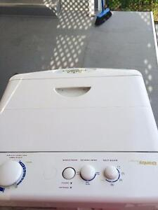 SMALL WASHER & DRYER  IDEAL FOR COTTAGE OR APT
