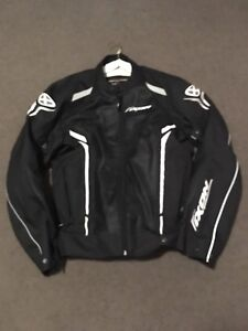 IXON TEXTILE MOTORCYCLE JACKET 2XL Herston Brisbane North East Preview