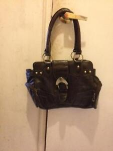 im selling some of my purses because i have too many London Ontario image 4