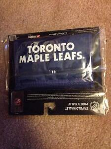 Toronto Maple Leafs Trifold Wallet (new, never been opened) $5 Cambridge Kitchener Area image 2
