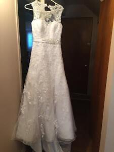 """Magnifique """" Robe '"""" de marié"""