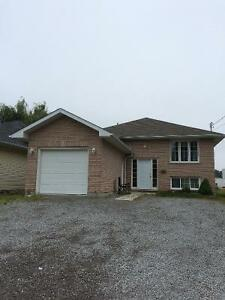 Room for rent for college student. Kawartha Lakes Peterborough Area image 1