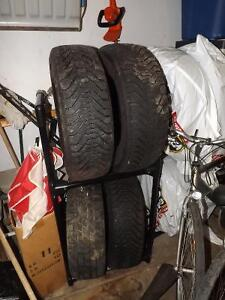 3+1 winter tires Goodyear almost new 205 65R15 Gatineau Ottawa / Gatineau Area image 1