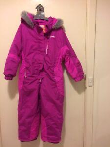 Girls ski suit snowsuit size 5-6years Oak Park Moreland Area Preview