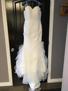BRAND NEW!! Stella York Wedding gown