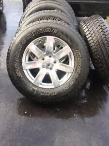 BRAND NEW TAKE OFF JEEP WRANGLER 18 INCH WHEELS  WITH HIGH PERFORMANCE  BRIDGESTONE  255 / 70 / 18  ALL SEASON TIRES.