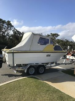 21ft half cabin cruiser 7k Ono