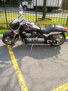 2010 suzuki boulevard m90 5800$