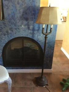 Floor lamp and matching table lamps- all tri-lights