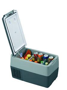 TF31ACDC 12-24Vdc, 110-220Vac Portable Refrigerator / Freezer.