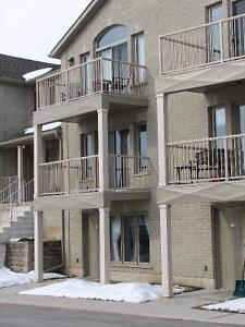 Brant 2+1 BR 1 WR Condo For Sale or Lease