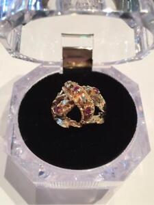 #1138 14K Beautiful Diamonds & Ruby ring!!