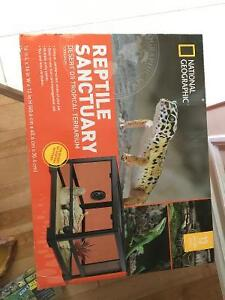 Reptile terrarium by national geographic