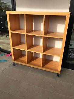 Bookshelves x 1