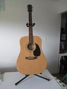 Squire Fender SA-100 Acoustic Guitar with Stand+Steel Strings